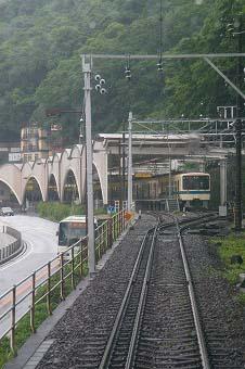 箱根湯元駅.jpg